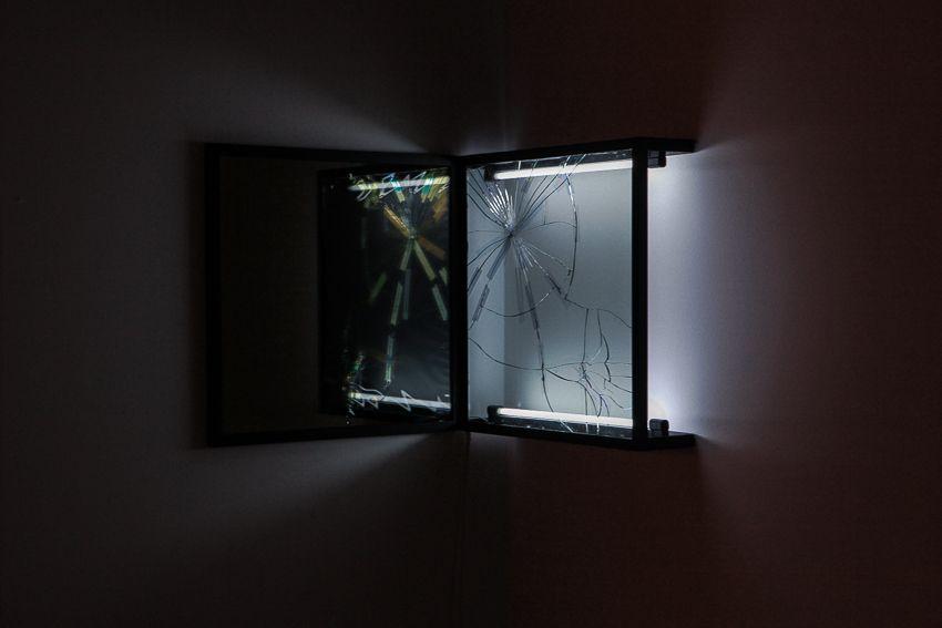obra del mexicano Pablo Rasgado. Juegos de minimalismo y arte conceptual. Genial trabajo!