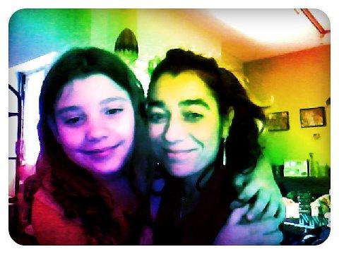 Las anfitrionas Mora y Mariela