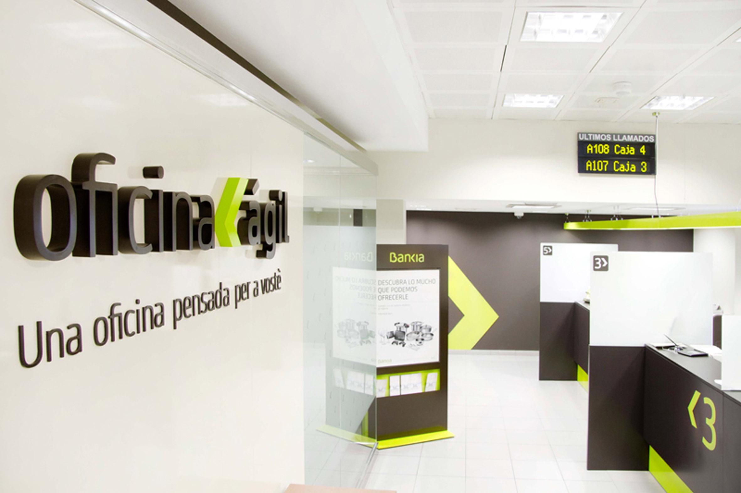 Bankia presenta sus nuevas oficinas giles en espa a for Pisos de bancos bankia