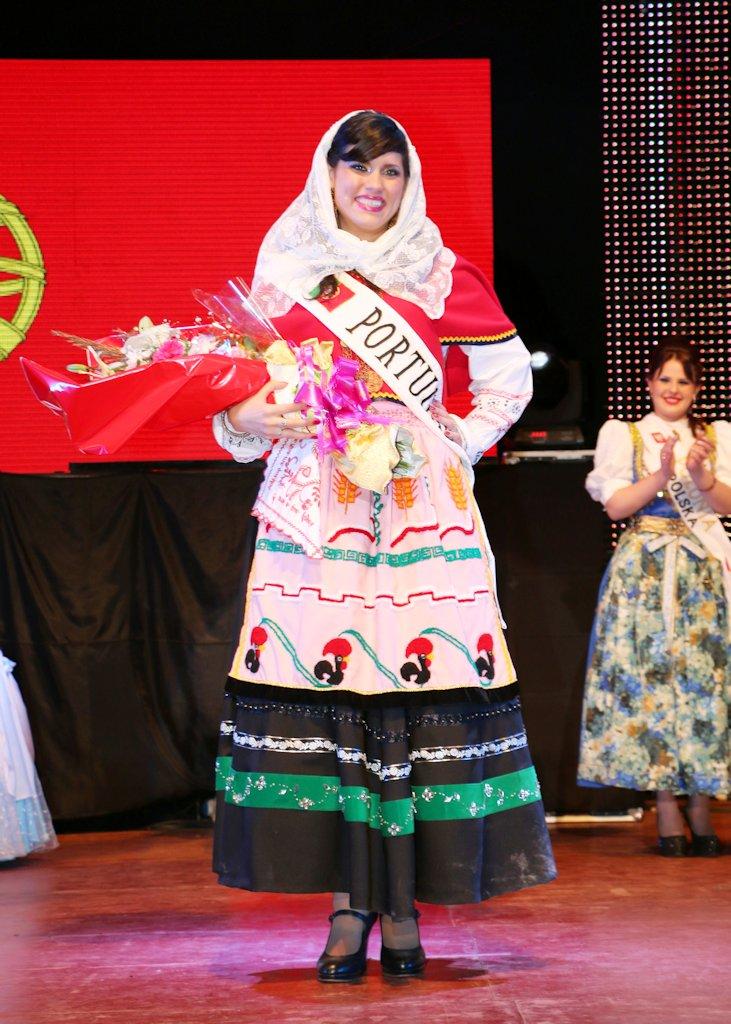 Miss Amistad, de la colectividad portuguesa.