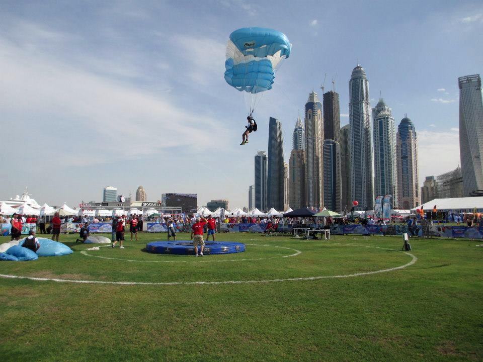 Cómo se compite en paracaidismo? ~ #Paracaidismo ~ Infobae.com